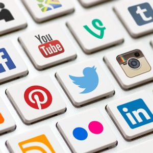 Social Networks: How to turn a fan into a buyer