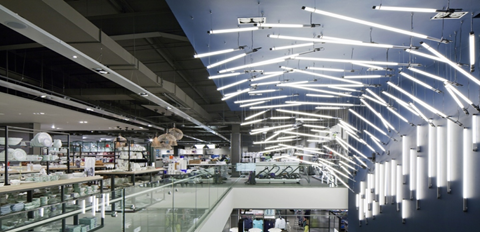 Attract customers with immersive lighting