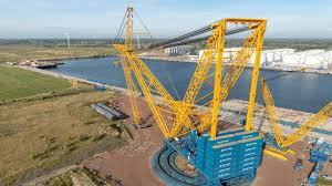Where is the biggest Crane in the World
