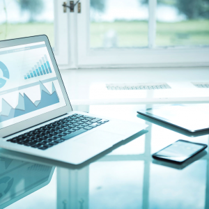 How Software Can Assist Financial Advisors